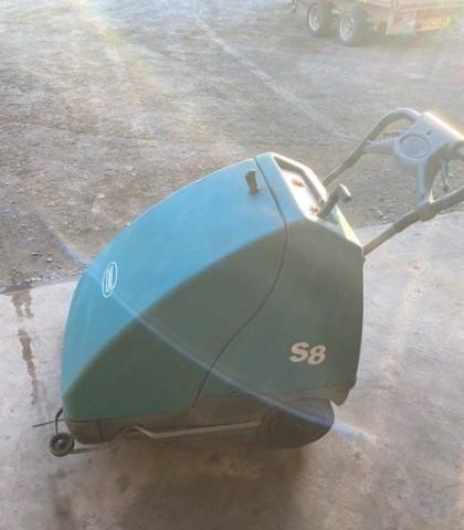 Tennant S8 Sweeper